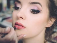 The amazing advantages of becoming a makeup artist